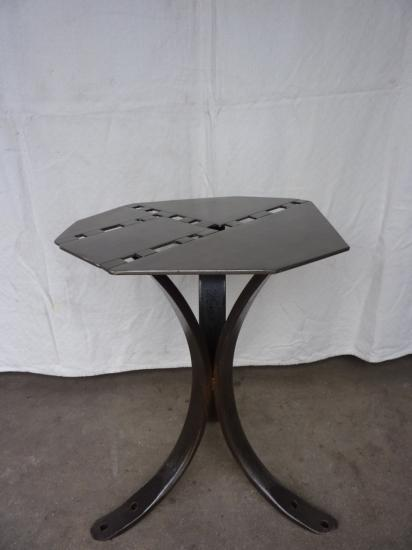 Mobilier : tables disponibles